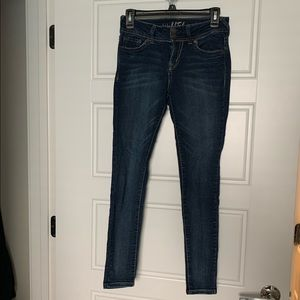 Wallflower jeans size 5
